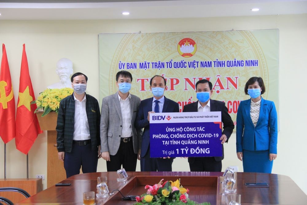 BIDV ủng hộ 4 tỷ đồng phòng, chống dịch Covid-19 tại Hải Dương, Quảng Ninh