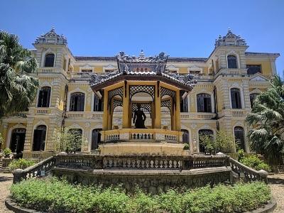 Cung An Định – tòa lâu đài cổ kính thơ mộng trong lòng xứ Huế