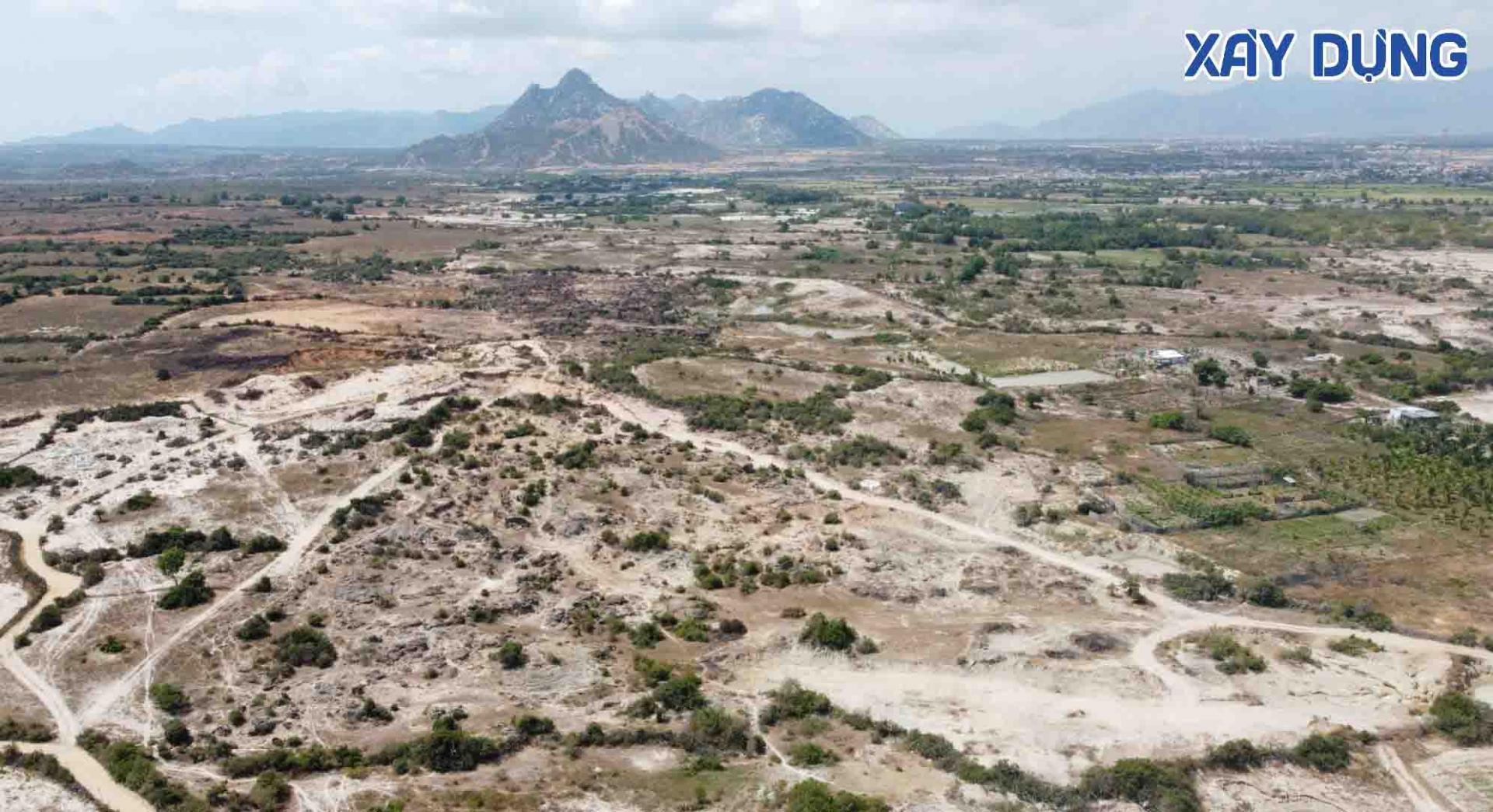 Ninh Thuận: Chủ tịch tỉnh đi kiểm tra thực tế và yêu cầu bảo vệ bãi đá Karang