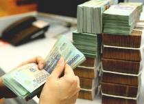 Tiền đổ về nhiều, lãi suất đồng loạt giảm mạnh