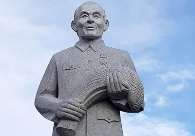 Sóc Trăng xây tượng đài nhà nông học Lương Định Của