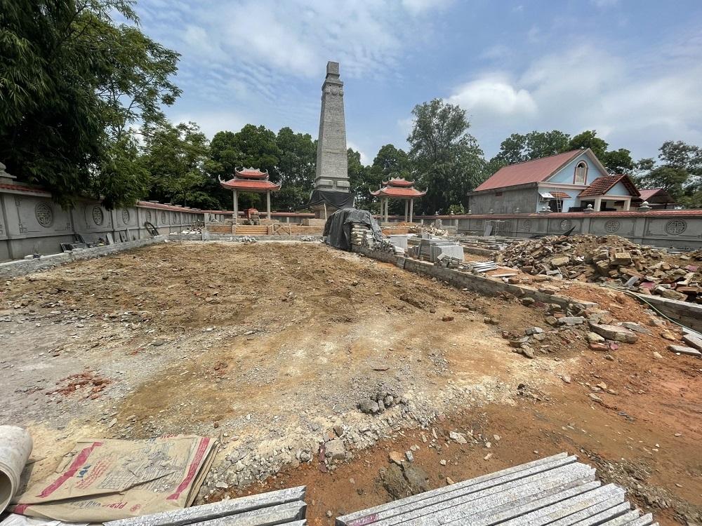 Chủ tịch UBND tỉnh Thái Nguyên chỉ đạo khẩn vụ san bằng nghĩa trang liệt sĩ xã Úc Kỳ