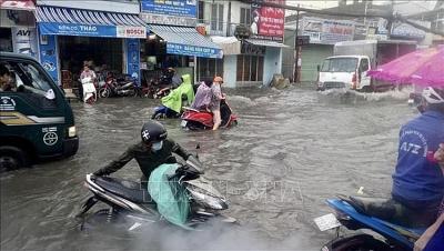Thời tiết ngày 24/10: Trung Bộ mưa to, nguy cơ xảy ra sạt lở đất