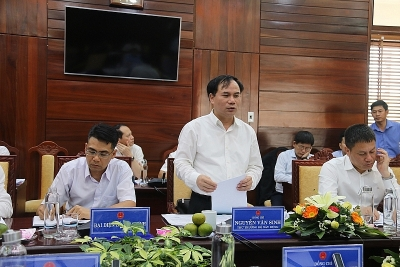 Ministry of Construction works with People's Committee of Quang Ngai province