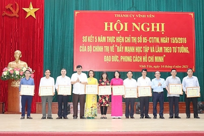 Vĩnh Phúc: Thành ủy Vĩnh Yên sơ kết 5 năm thực hiện Chỉ thị số 05 của Bộ Chính trị