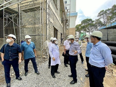 Special Working Group inspects epidemic prevention and control at key projects in Ho Chi Minh City