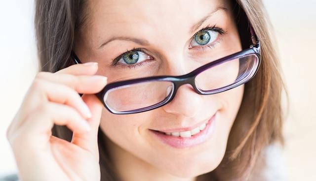 6 cách tự nhiên để cải thiện thị lực và bảo vệ mắt