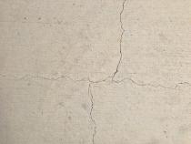 Nguyên nhân và cách khắc phục vết nứt như sợi tóc trên bê tông