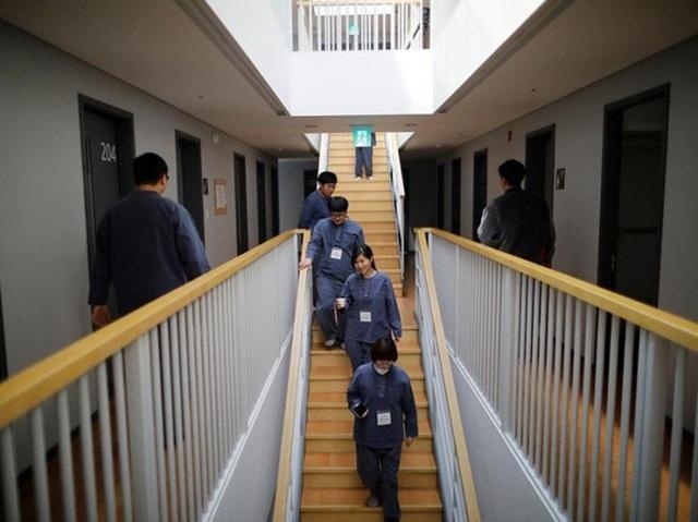 Trải nghiệm cuộc sống biệt giam trong khách sạn nhà tù độc nhất Hàn Quốc
