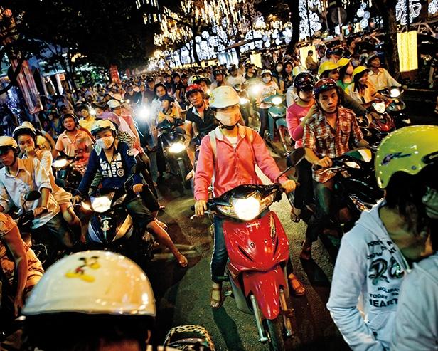 Trẻ em tại thành phố Hồ Chí Minh tìm hiểu về hậu quả của ô nhiễm môi trường