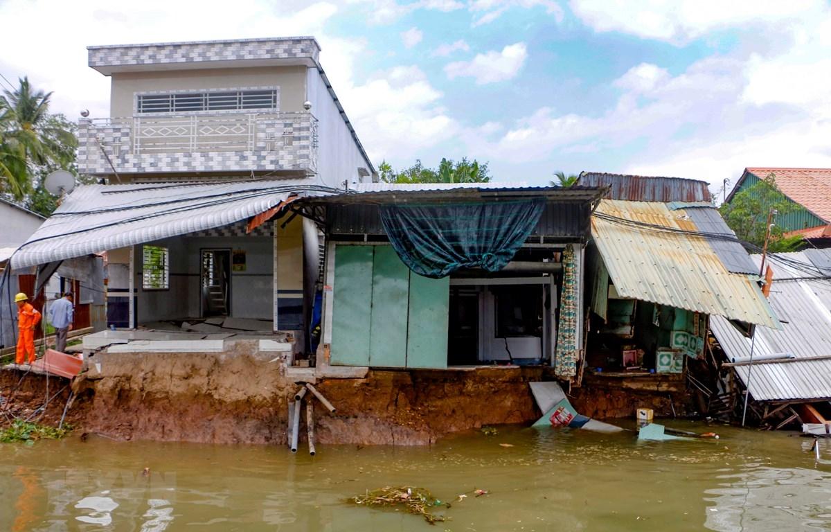 Cần Thơ: Đẩy nhanh thi công kè chống sạt lở sông Ô Môn-Rạch Tra