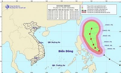 Xuất hiện siêu bão Surigae cách bờ biển miền Trung Philippine 420km