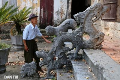Ngôi đình độc lạ ở Hà Nội với tư thế rồng quay ngược