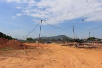 Thanh Hóa: Tường rào dự án chục tỷ bị đổ sập do đào rãnh thoát nước