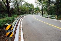 Tôn hộ lan - Giải pháp an toàn cho đường cao tốc