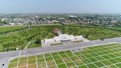 """Quảng trường Thái Bình: Quần thể kiến trúc độc đáo – niềm tự hào của quê hương """"năm tấn"""""""