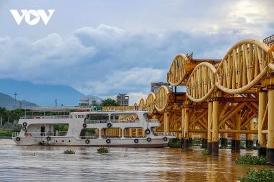 Độc đáo cây cầu lâu đời nhất trên sông Hàn nâng hạ nhịp