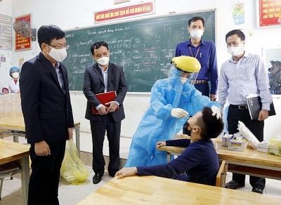 Vĩnh Phúc: Triển khai nhiều biện pháp ứng phó trước diễn biến dịch Covid-19 tại Phú Thọ
