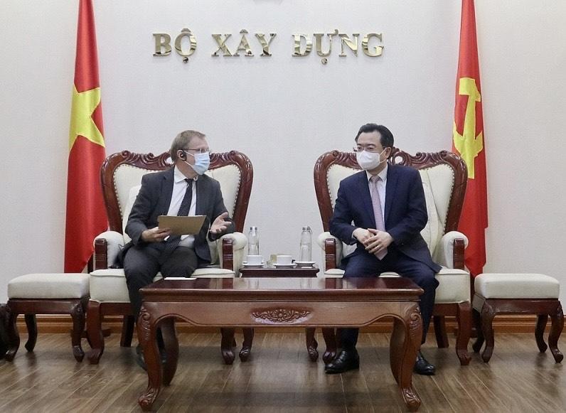 Bộ trưởng Nguyễn Thanh Nghị tiếp Giám đốc Cơ quan hợp tác phát triển Pháp Herve Conan
