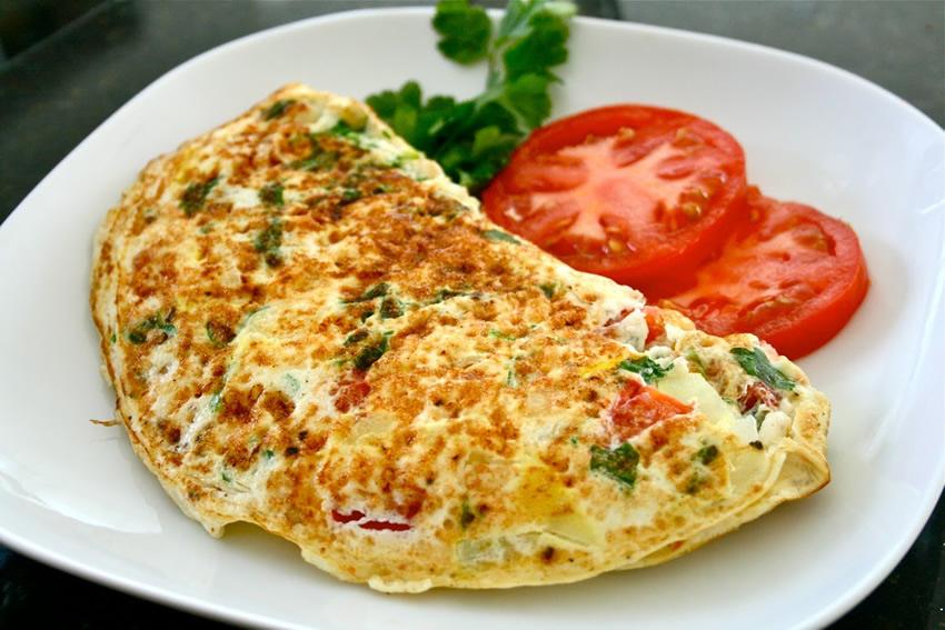 Làm trứng ốp la bổ dưỡng cho bữa sáng