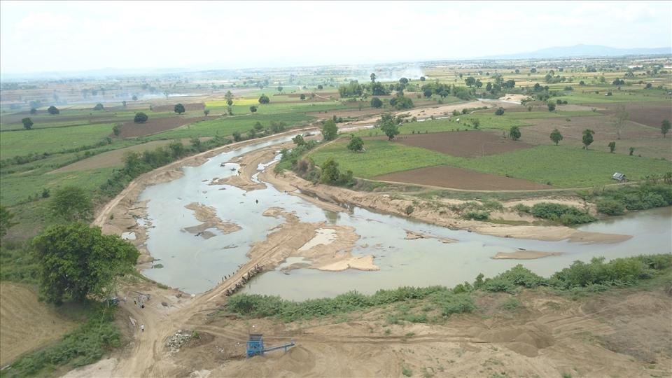 Bát nháo tình trạng khai thác khoáng sản ở Gia Lai