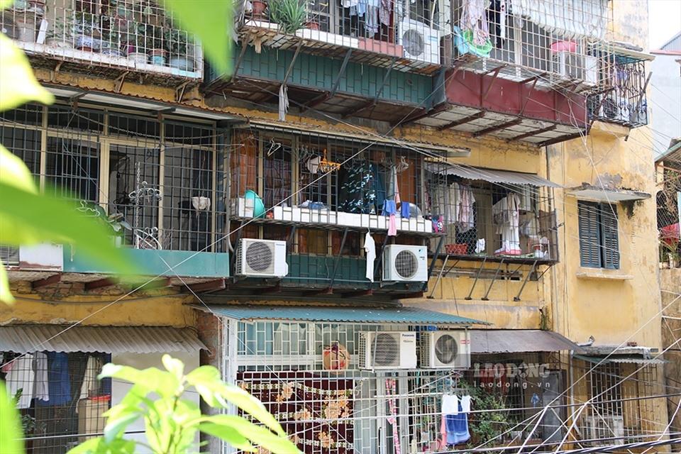 Vì sao chung cư cũ xuống cấp, nhiều người vẫn do dự chưa muốn cải tạo mới?