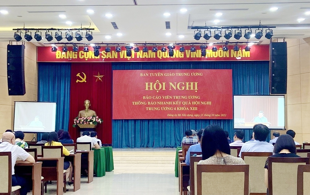 Đảng ủy Bộ Xây dựng tham dự Hội nghị Báo cáo viên Trung ương thông báo nhanh kết quả Hội nghị Trung ương 4 khóa XIII