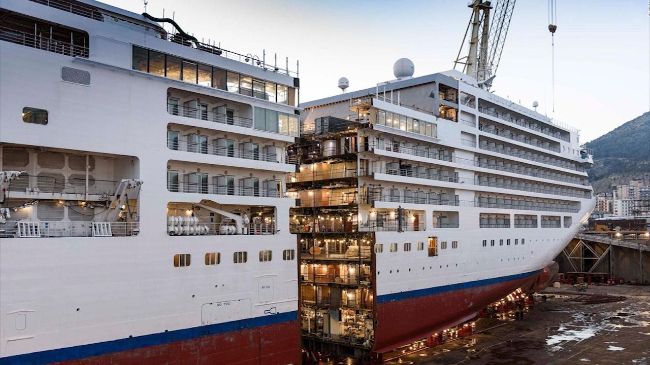 Vì sao du thuyền hạng sang dài bằng tòa nhà Empire State bị cắt đôi?